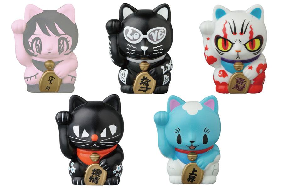 「萬福猫<其の参>」。(左上から時計回りに)田中かえ「蜜月」、Chocomoo-チョコムー-「奇才」、yasu「奮起」、ちしまこうのすけ「上昇」、黒ねこ意匠「愛情」。(C) CBL (C) KAE TANAKA (C) Chocomoo (C) yasu (C) kuronekodesign (C) c-toy's