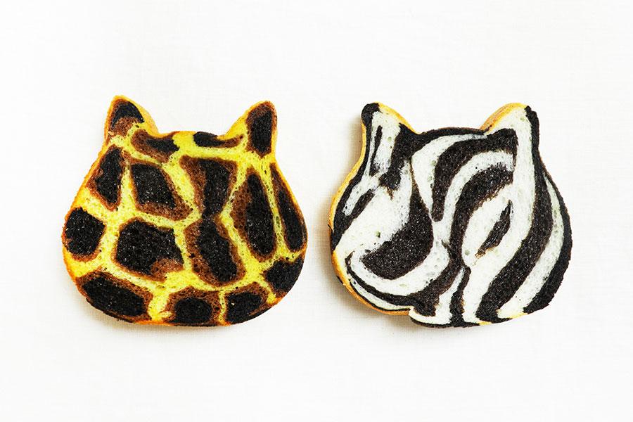 どちらも「プレーン」のねこ型食パン1個とチョコペン2本とのセット(3400円・送料込み)販売