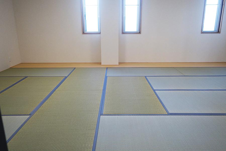 SORA RINKUの客室は、布団で泊まれる和室と洋室の2タイプ
