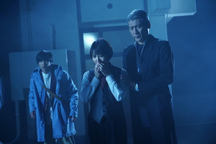 左から、志尊淳、吉谷彩子、吉川晃司 ©ktv