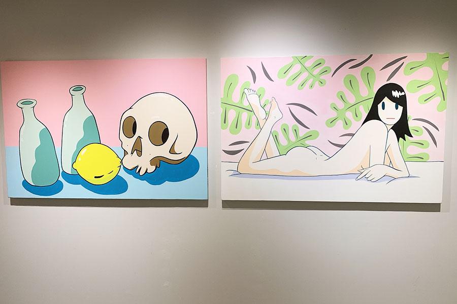 共通点のない静物画と人物画に見え、よく見ると、頭と骸骨、おしりとレモンなど、実は構図は同じ