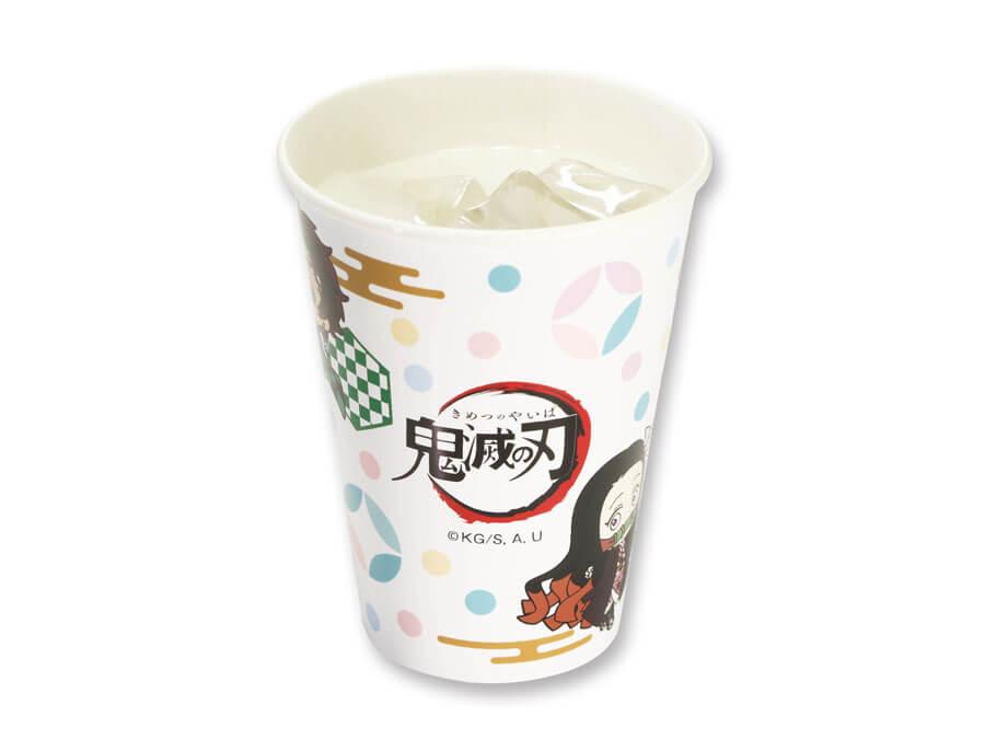 カップ全体にオリジナルデザインのキャラクターが描かれた「乳酸菌ウォーター」198円