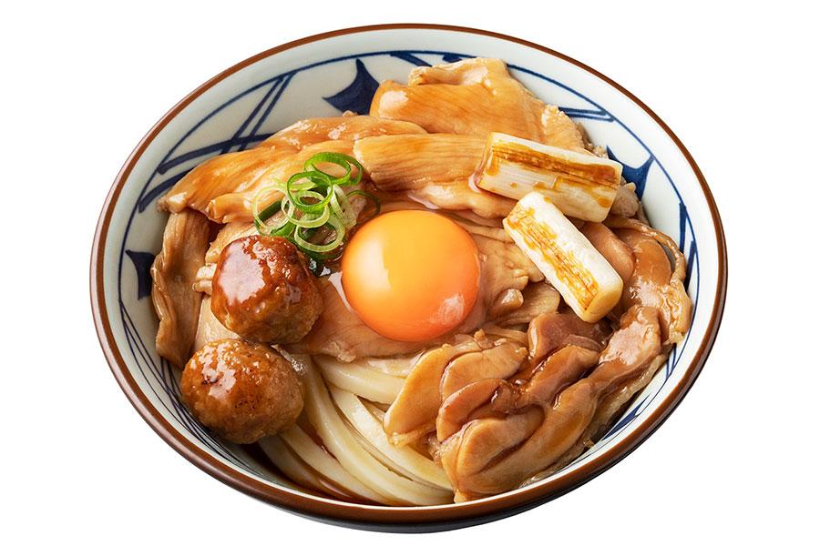 9月2日の満月の日に発売される「月見鶏すき焼きぶっかけ」(690円〜)