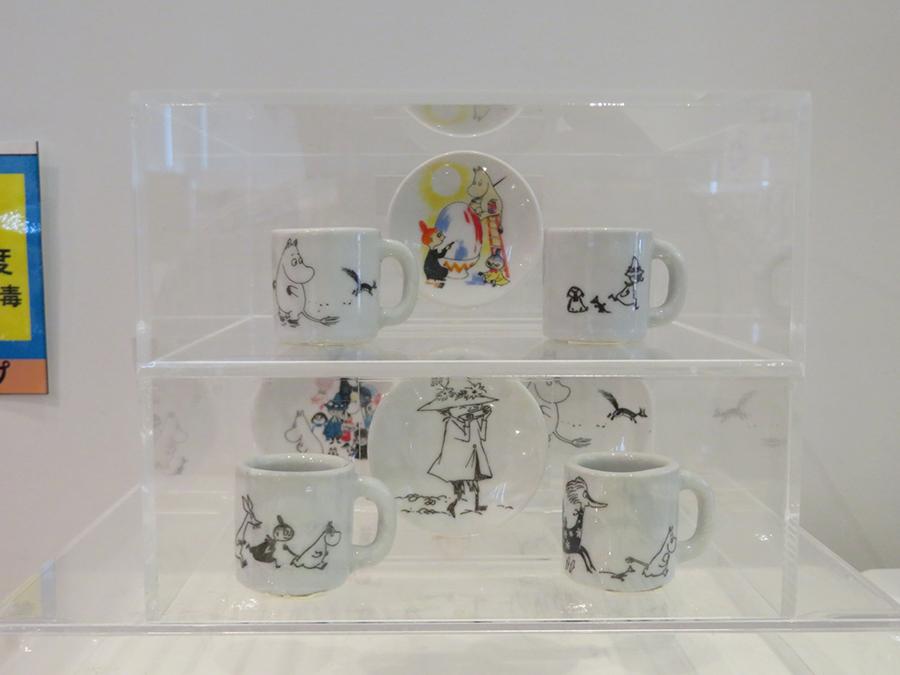 ガシャポンで販売されているミニチュア食器コレクション(全8種、300円)
