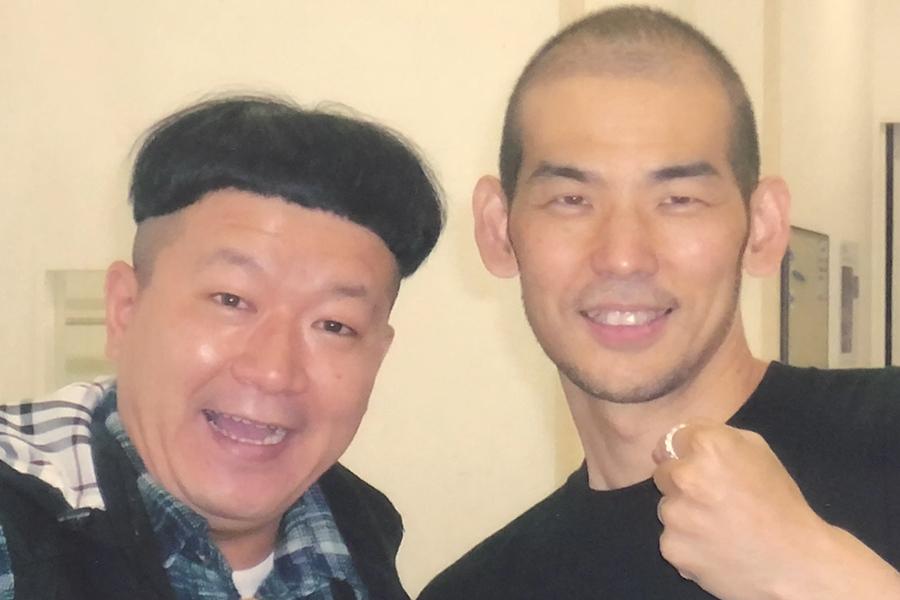 歌手・木山裕策(左)との交流が新たな創作に繋がる(写真提供:MBS)