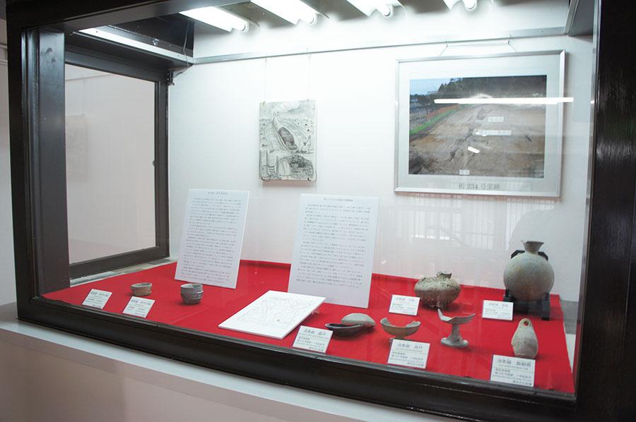かつては「泉北すえむら資料館」とあり、堺での出土品など文化財を展示するコーナーも
