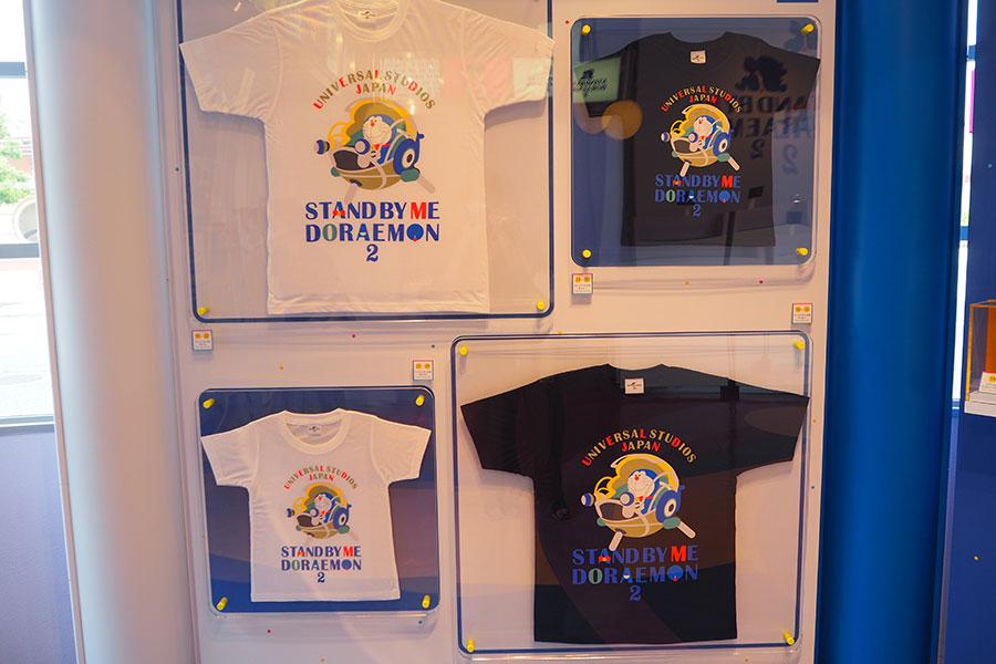 Tシャツ(3800円)ほか