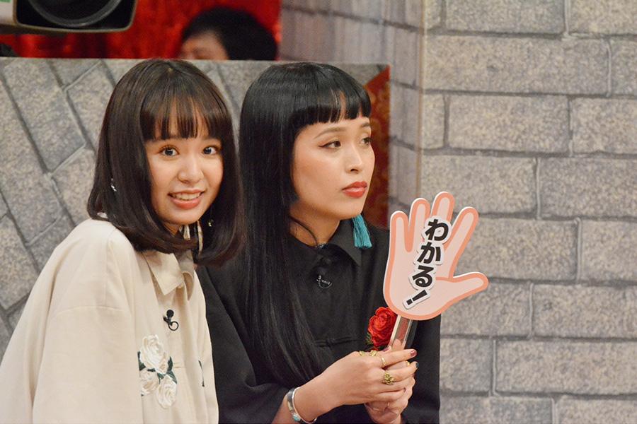 チャラン・ポ・ランタンの妹・もも(左)と姉・小春 © ytv