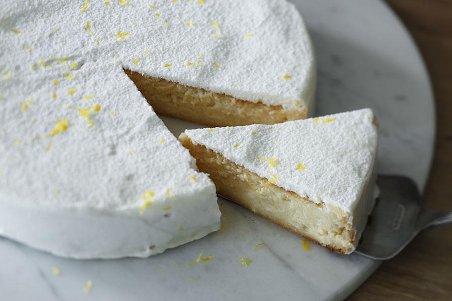 レモン風味のベイクドチーズケーキ