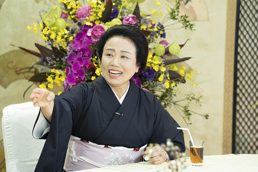 激動の人生について語る喜劇女優・藤山直美 © ytv
