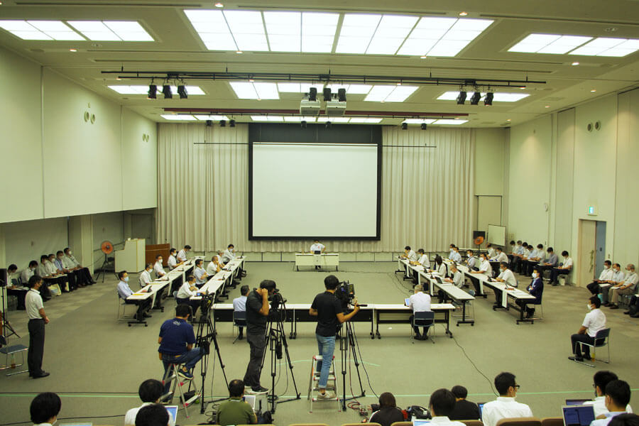 大阪府の新型コロナウイルス感染症対策本部会議が実施された(9月17日・大阪府庁)