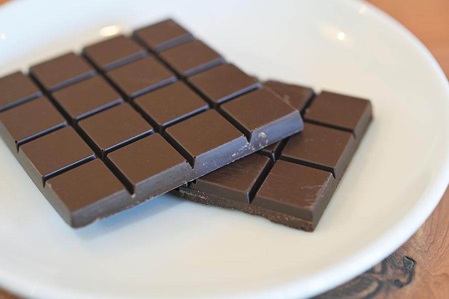 「シオヤチョコレート」の板チョコ