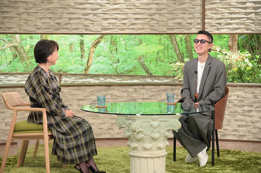 阿川佐和子とトークする関ジャニ∞・安田章大(写真提供:MBS)
