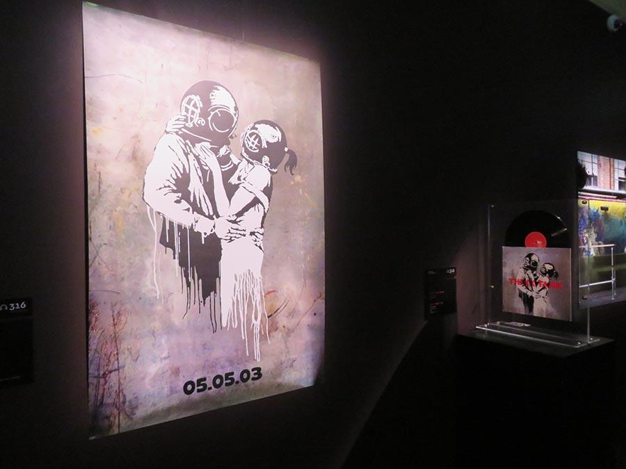 ブラー「シンク・タンク」ポスターとアルバム・スリーブ