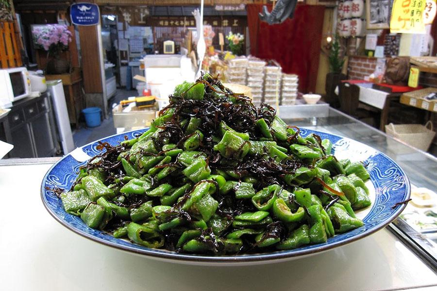 閉店した京都の老舗惣菜、人気スーパーで復活