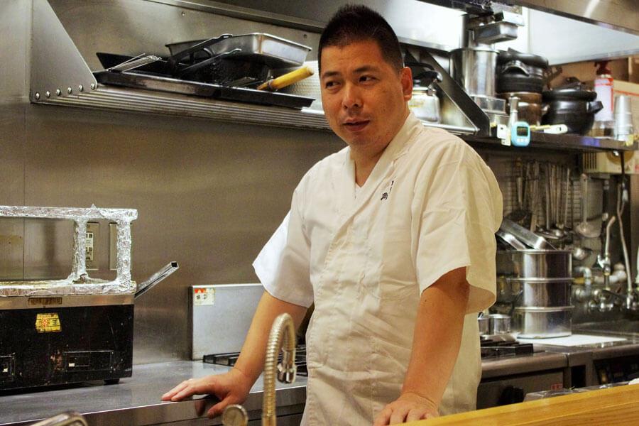 「常連さんのありがたさを実感しました」と話す割烹屋「法善寺 山岡」の山岡吾郎さん(9月23日)
