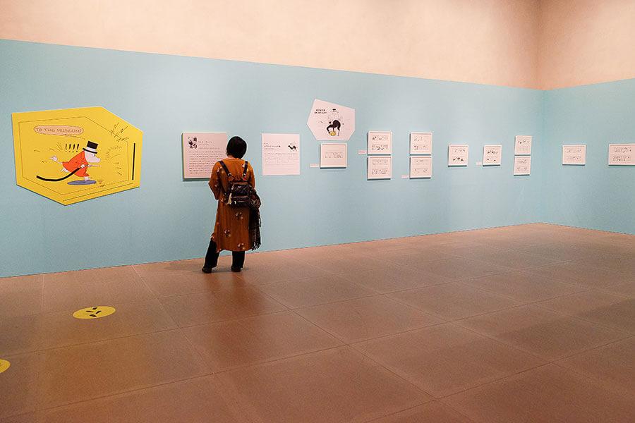 モノクロの作画がスタイリッシュなラルスの展示室。4作品全てが初出展