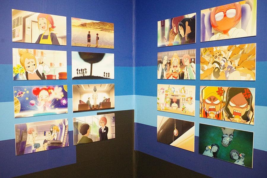 11月13日(金)に公開を控える映画『魔女見習いをさがして』のパネル展示もあり