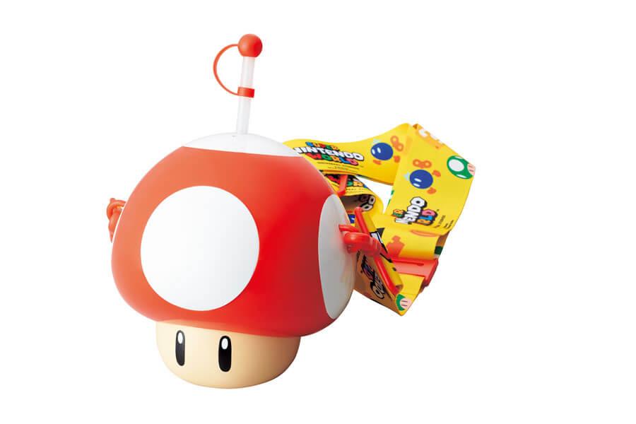 誰もが知るマリオのマストアイテム「スーパーキノコ」をデザインしたドリンクボトル(C)Nintendo