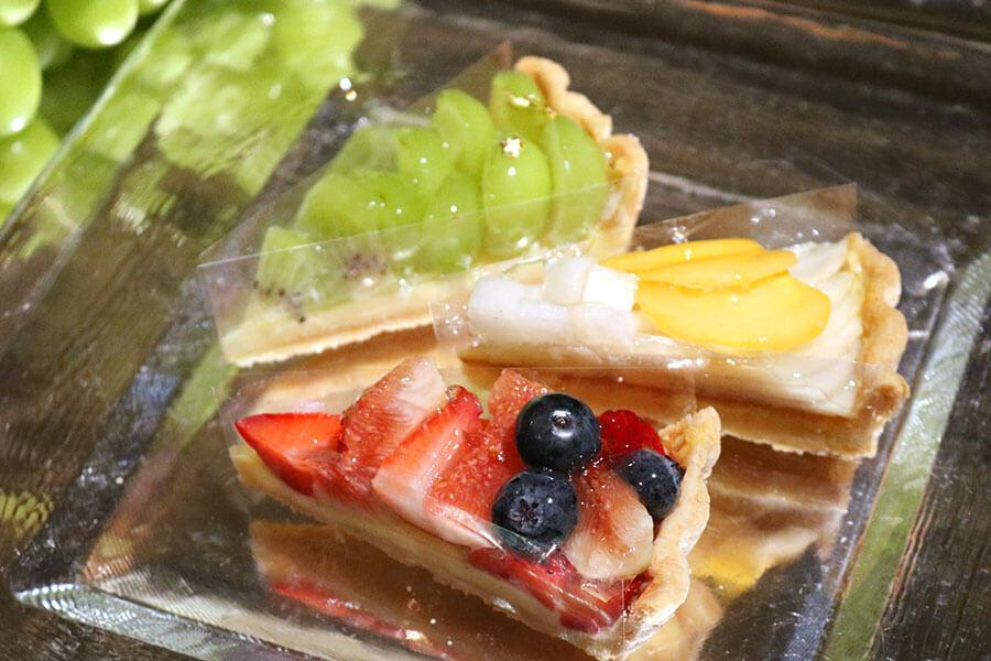 地域の活性に、谷六の人気果物店とホテルがコラボ