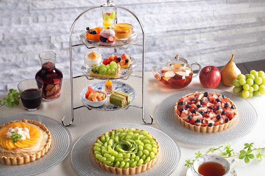 山口果物とコラボしたアフタヌーンティー。厳選した果実が使用されている