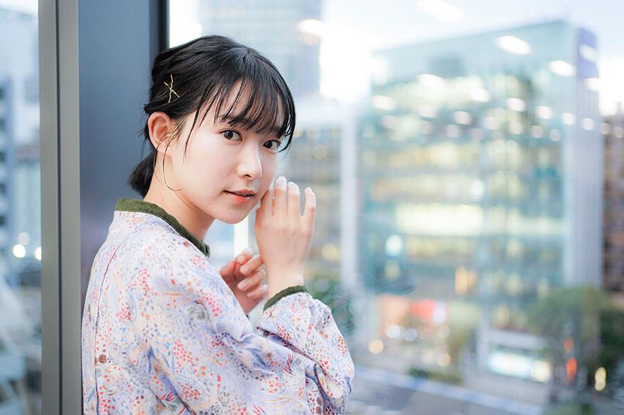 早稲田大学中に短編映画短編監督作『あさつゆ』『BEATOPIA』『最期の星』を監督し、2021年には初の長編映画『海辺の金魚』を公開予定
