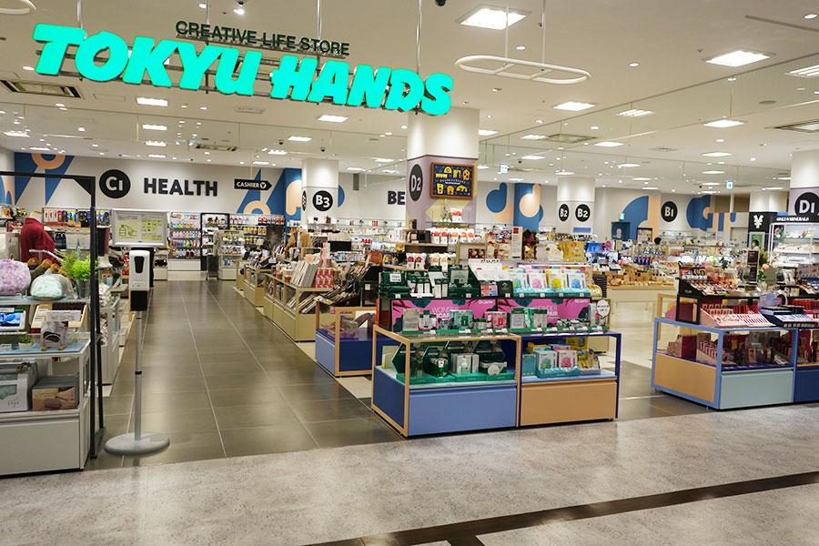 移転してきて3フロア展開となった「東急ハンズ 心斎橋店」