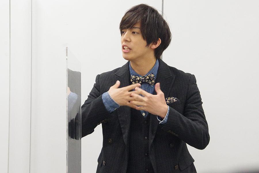 『マインド・リマインド』の会見に出席した竹下健人(10月28日・大阪市内)