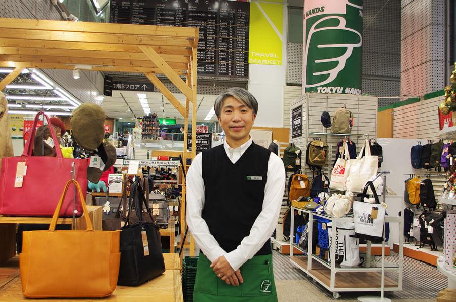 「お客さまに感謝の気持ちを伝えたい」と話す「東急ハンズ三宮店」管理グループの畠山護さん