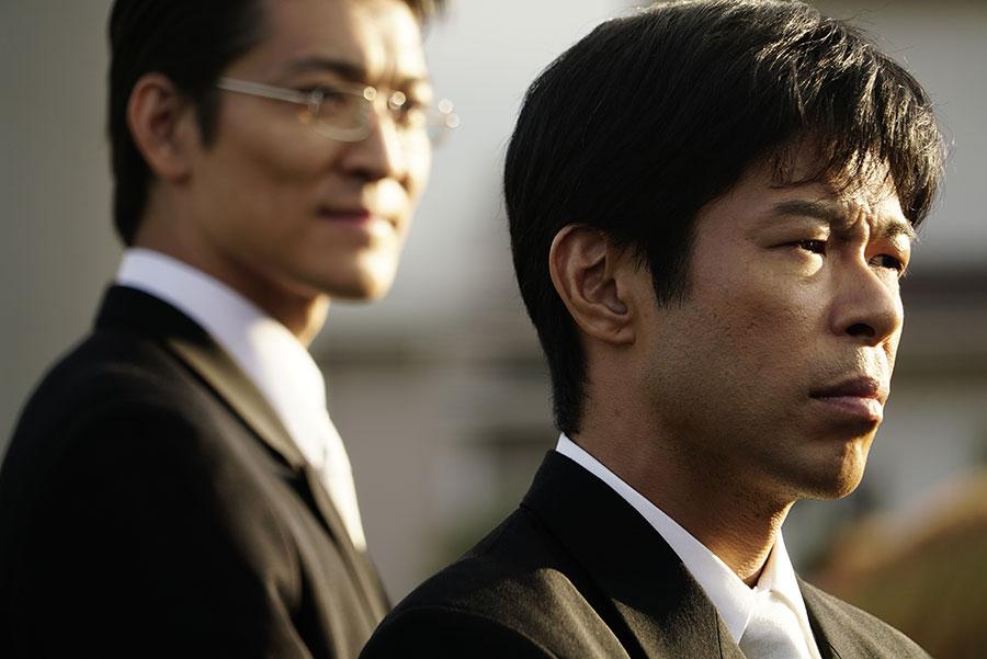 実在の人物をモチーフとした人物を演じる主人公・井藤正治を、演じるのは松本利夫(EXILE)。(C)2020「無頼」製作委員会/チッチオフィルム