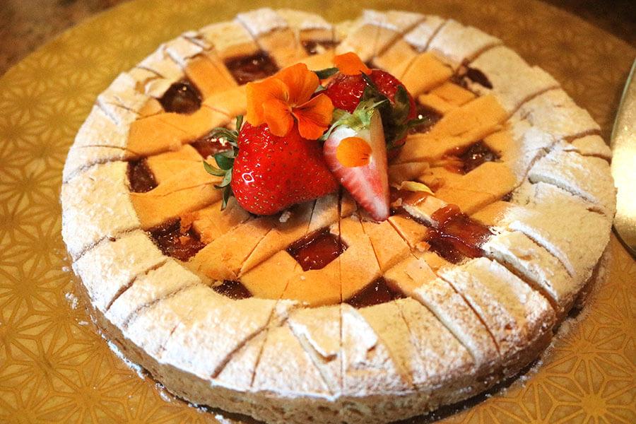 イタリアの定番お菓子クロスタータ