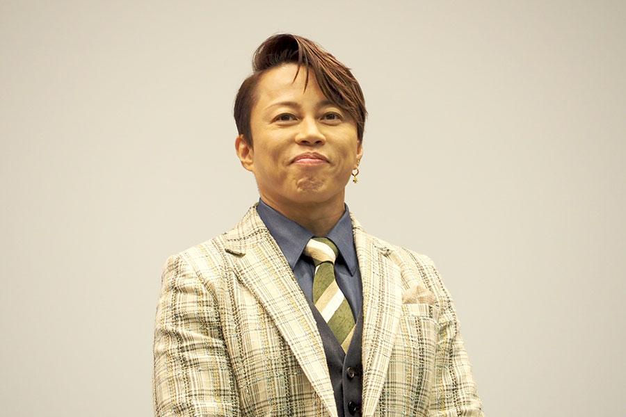 大阪完成披露イベントに登場した西川貴教(3日・大阪市内)