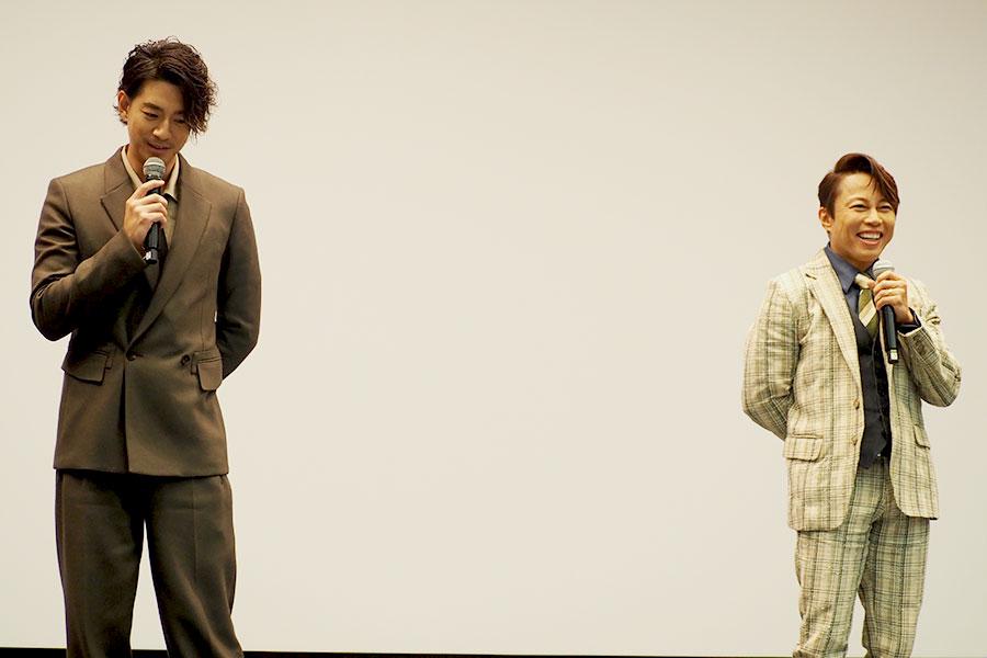 大阪完成披露イベントに登場した(左から)三浦翔平、西川貴教(3日・大阪市内)