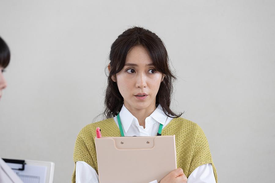 『青のSP』で教師役演じる山口紗弥加(c)ktv