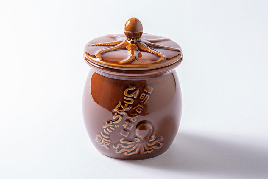 弁当の壺と、蓋を合わせた使用例