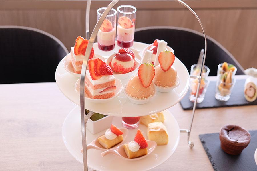 滋賀県産のいちご「蜂蜜いちご」がアフタヌーンティーで食べられるのは「琵琶湖マリオットホテル」だけ