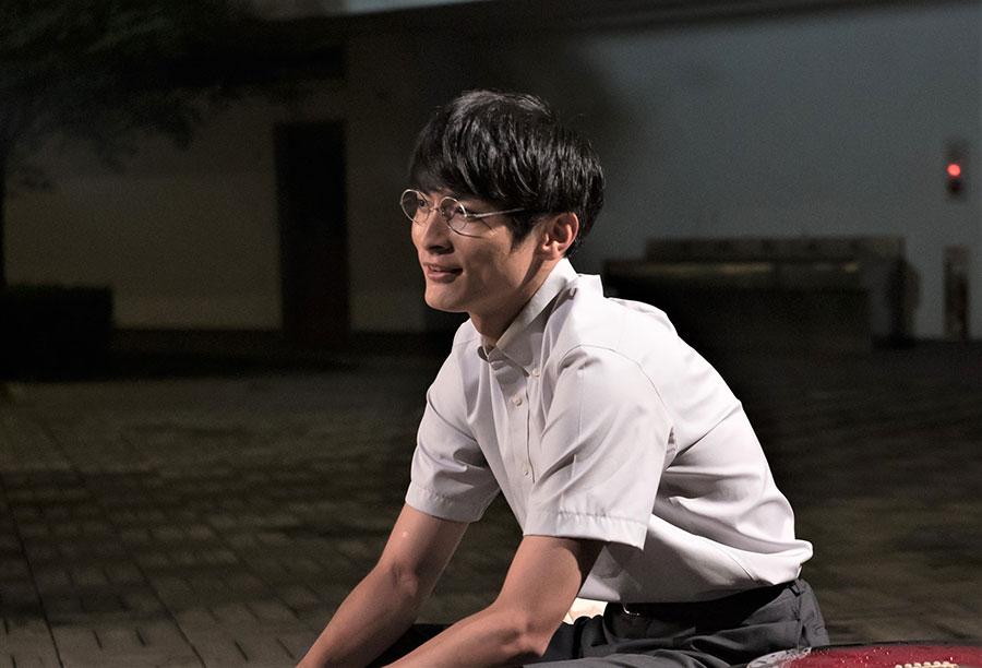 高校の教師役として出演する高良健吾。(C)2020『夏、至るころ』製作委員会