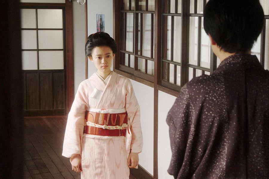 第39回より、一平(成田凌)からあることを言われ「あんたにうちの何がわかんねん!」と胸の内をぶつける千代(杉咲花) (C)NHK