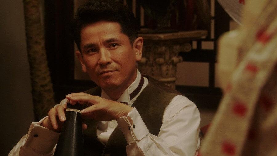カフェー「キネマ」の店主・宮元潔を演じる西村和彦 (C)NHK
