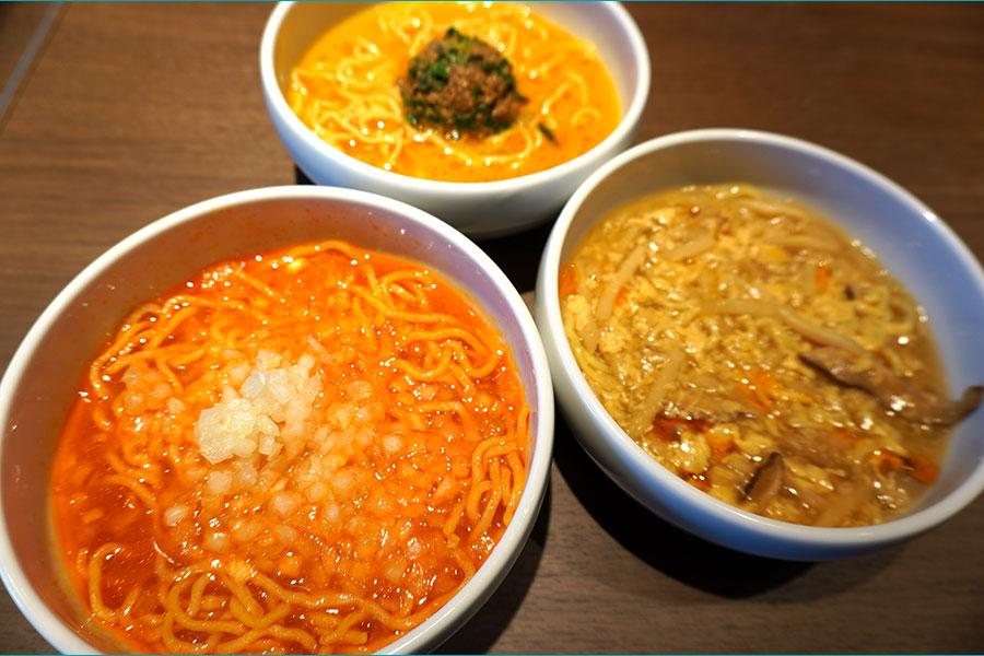 酸辣湯麺、坦々麺、トマト拉麺など麺類も充実。麺はフォーや翡翠麺から選べる