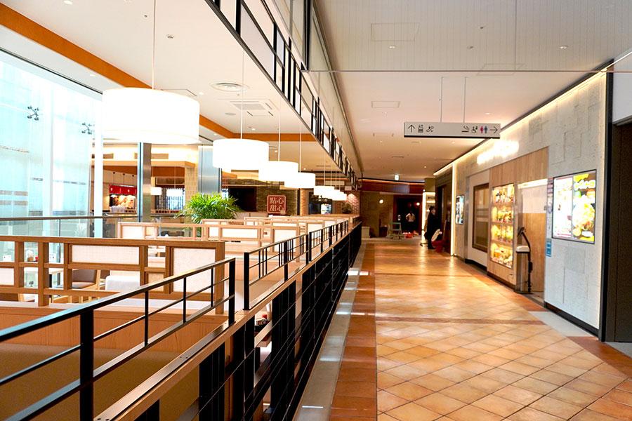 全国初2店舗、関西初1店舗、大阪初1店舗含む10店舗が集まった13階「御堂筋ダイニング」