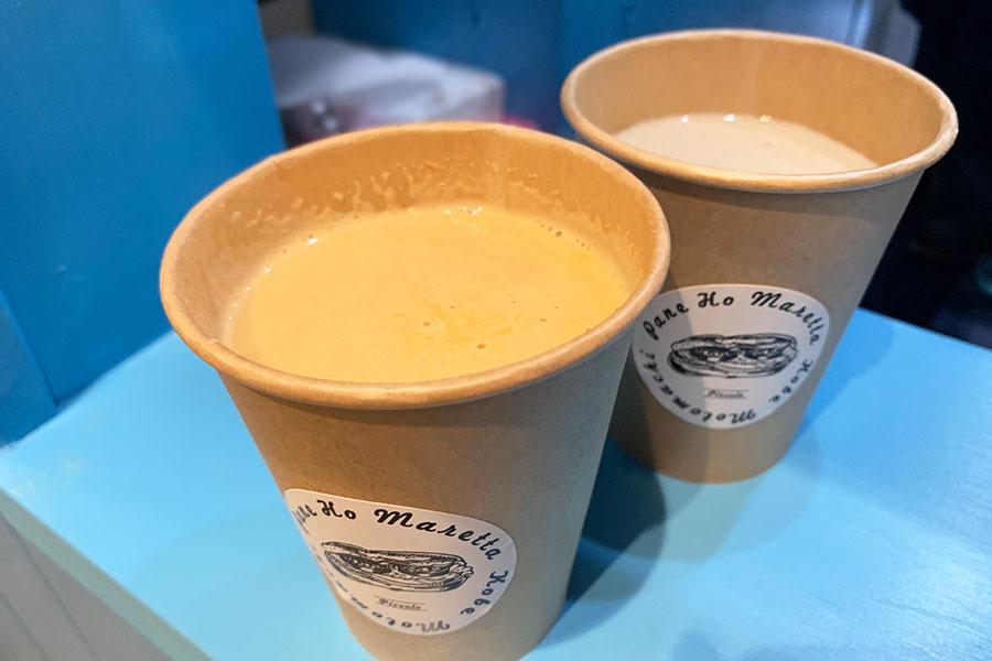 手前から「スープ ドゥ アメリケーヌ」、「スープ ドゥ シャンピニオン」共に310円税別