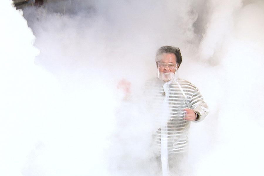 科学の力で、名場面再現に挑むアインシュタイン・稲田(C)ABCテレビ