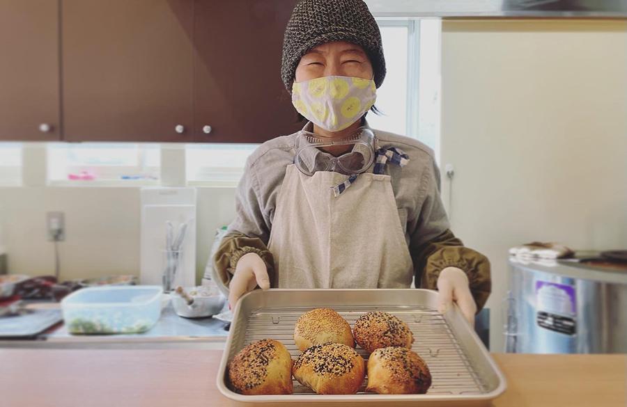 「胡椒餅 福丸」オーナーの山村優佳さん