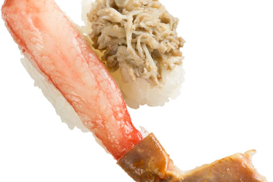 大型生本ずわい蟹&かに味噌和え(300円・税別)