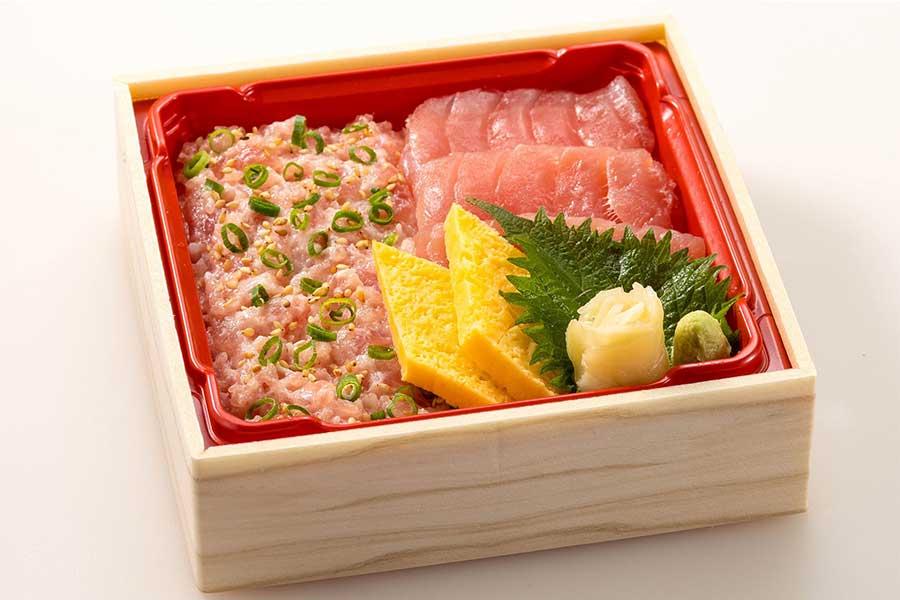 まぐろとねぎとろのちらし寿司(テイクアウト899円/宅配1080円)