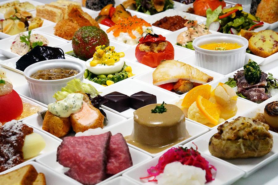 4月15日オープンのフレンチ惣菜「赤白」のイメージ。おでんだけでなく、さまざまなデリが登場予定
