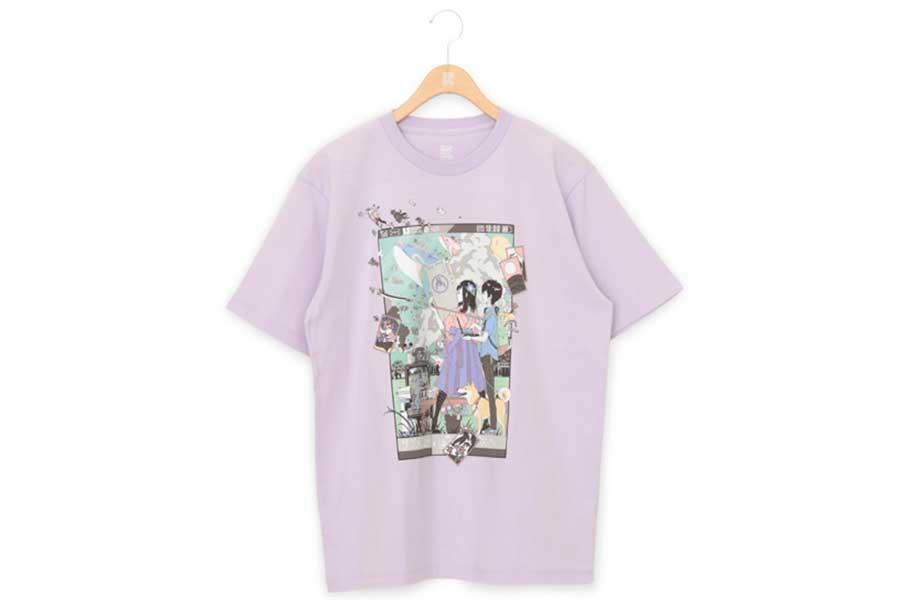 主人公・健二と夏希を中心に、作中のキャラクターやアイテムが所狭しと敷き詰められたオリジナルTシャツ(2750円)