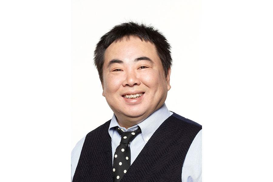 漫才師・花車当郎役の塚地武雅 (C)NHK
