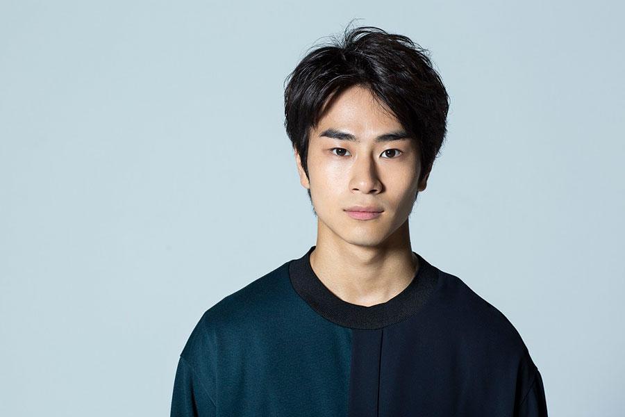 新たな劇団員・松島寛治役の前田旺志郎 (C)NHK